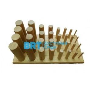 Настольный тренажер для развития силы и подвижности пальцев рук и...
